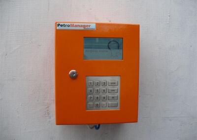 Dystrybutor-biopaliwa-B100-automat-do-tankowania-Gostynin-PKS-02