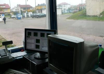 Dystrybutor-biopaliwa-B100-automat-do-tankowania-Gostynin-PKS-07