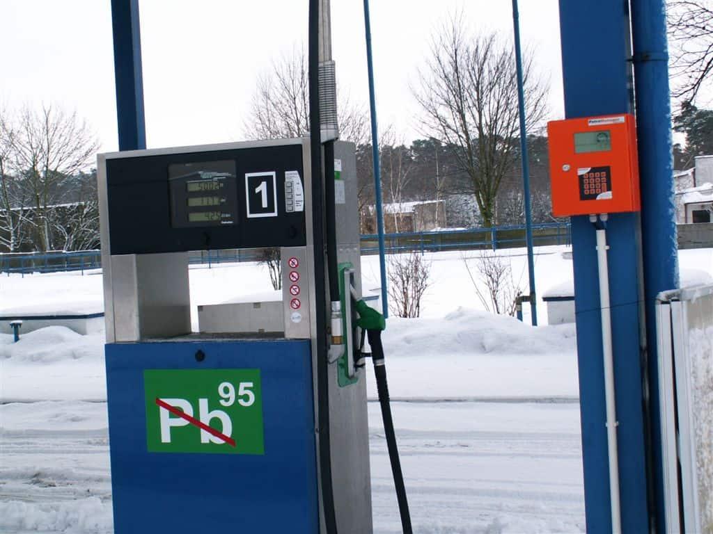 Dystrybutory-Petrotec-automaty-do-tankowania-PKS-Leszno-placówka-Gostyn-16