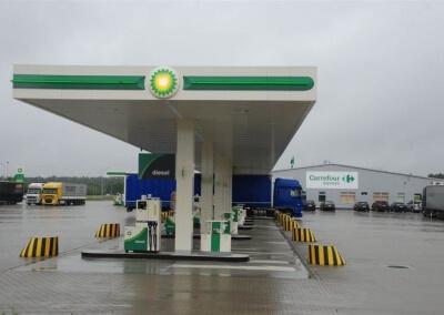 Instalacja-sterownika-dystrybutorow-paliwa-i-AdBlue-BP-Port-Swiecko-06