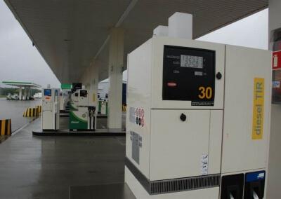 Instalacja-sterownika-dystrybutorow-paliwa-i-AdBlue-BP-Port-Swiecko-07