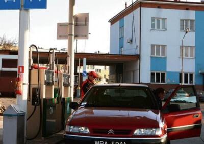 03.11.2009 PLOCK PKS STACJA PALIW FOT. PIOTR AUGUSTYNIAK / AGENCJA GAZETA