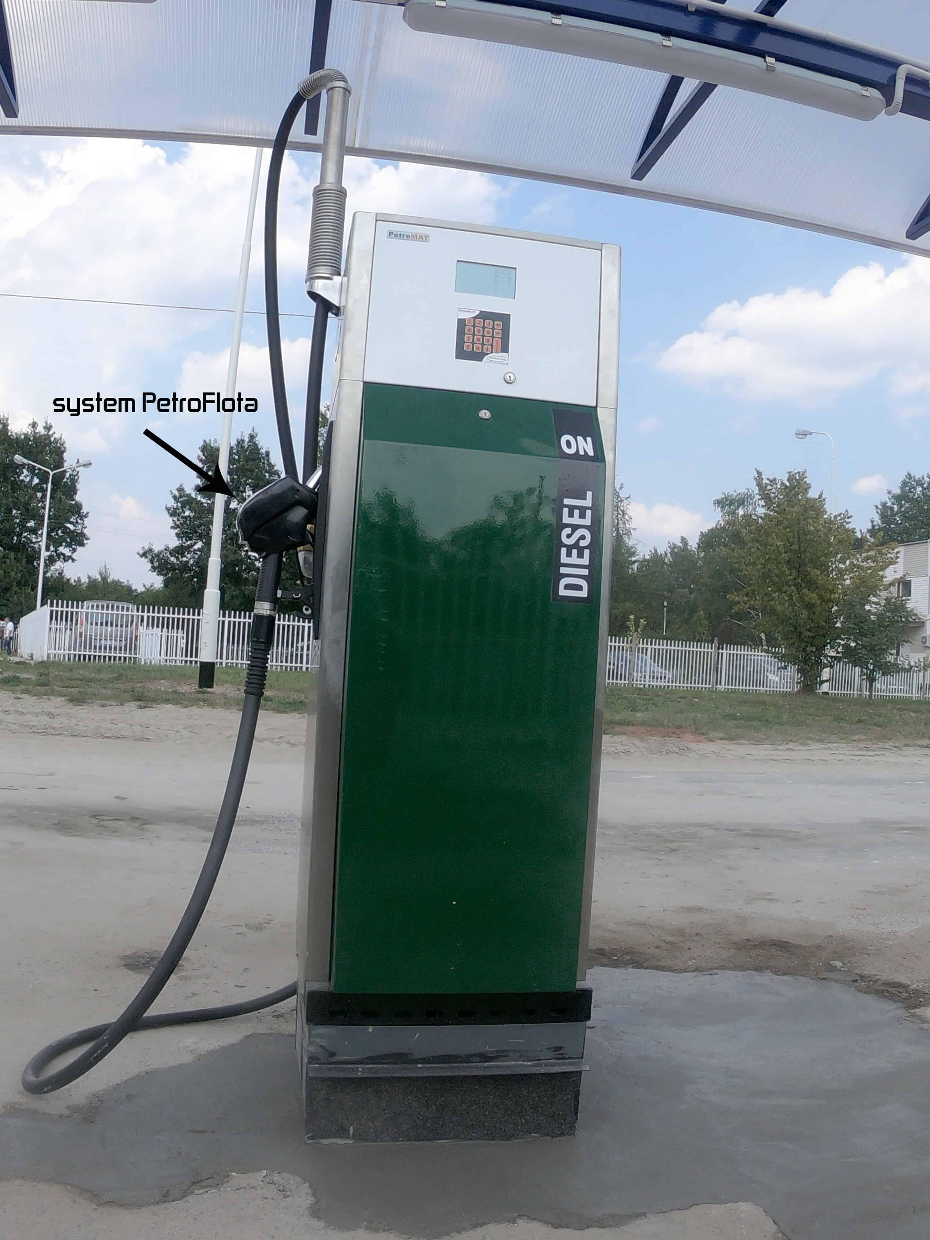 Tankomat + kontrola wlewu, PetroFlota